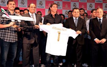 Fly Emirates nuevo patrocinador del Real Madrid.